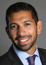 Headshot of Anand Talwar, Deposits and Consumer Strategy Executive at Ally Financial