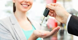 If You Have Bad Credit, Should You Lease or Buy a Car?