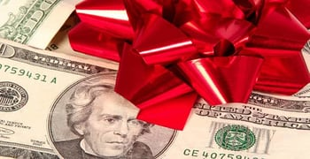 How To Shop For The Holidays When You Have Bad Credit