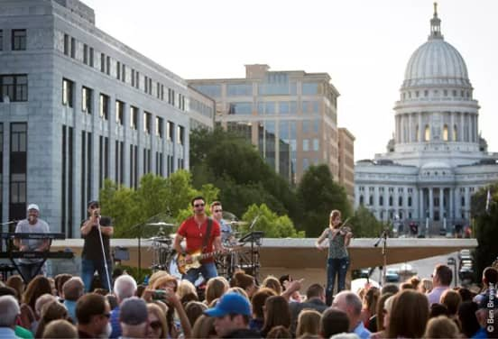 Photo of a Concert at Capitol Square