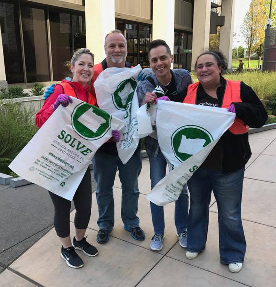 Photo of Providence FCU employees volunteering