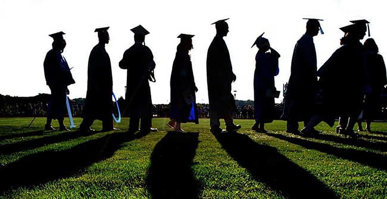 Will the Military Pay Off My Student Loans?