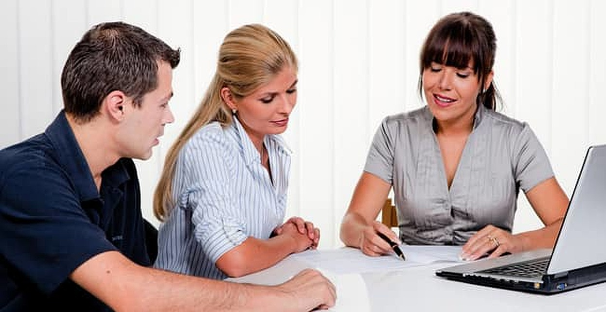 5 Reasons You Need To See A Financial Counselor Badcredit Org