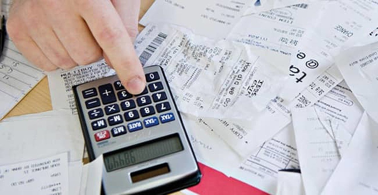 Checking Credit Card Receipts Could Affect Your Health