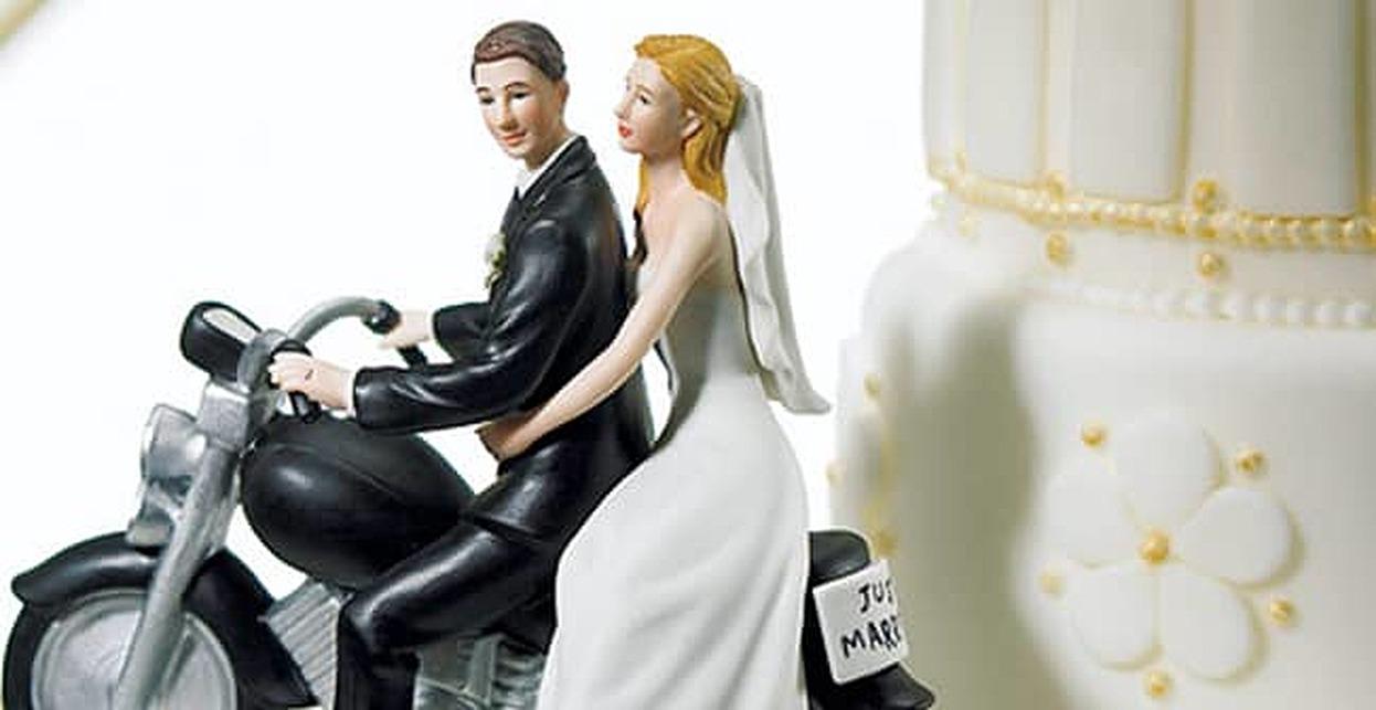 4 Ways to Pay Off a Wedding Debt